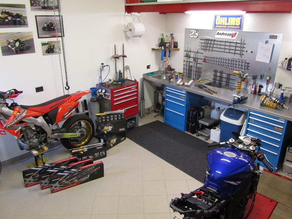 Revisione sospensioni moto bmw idea di immagine del for 2 officine di garage per auto